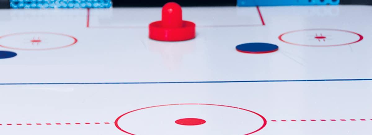 demonstrator-smart-airhockey